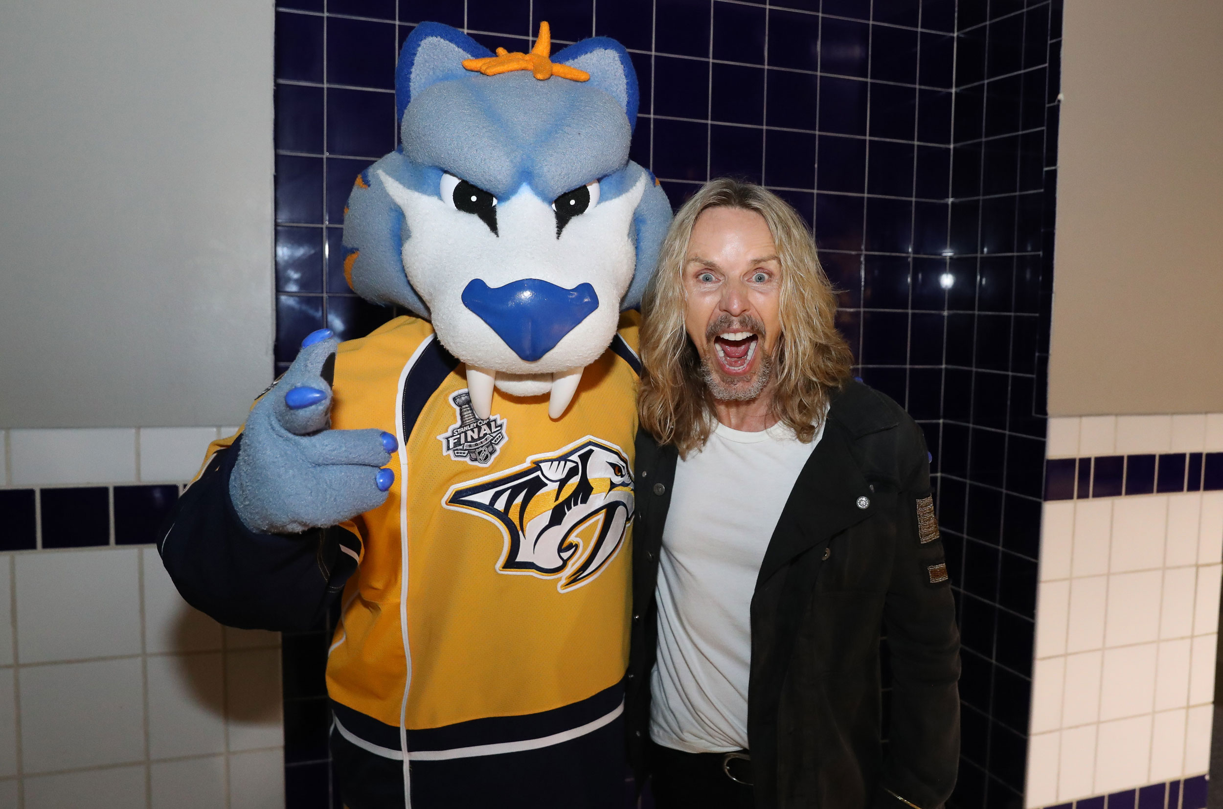 Gnash•Tommy Shaw